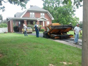 New asphalt driveway at a lovely southern Illinois home | Penninger Asphalt Paving, Inc. – Southern Illinois Commercial & Residential Asphalt & Oil and Chip Paving