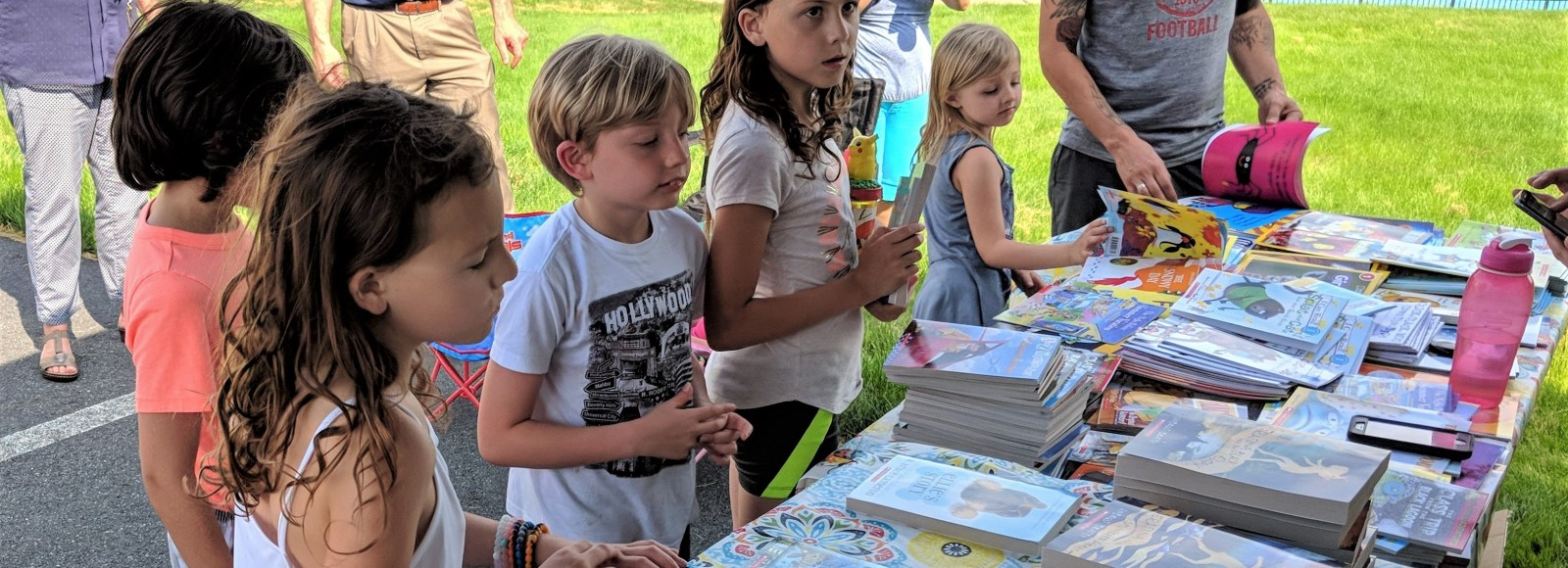 Literacy Outreach distributes more than 200 books in Penn Manor neighborhoods