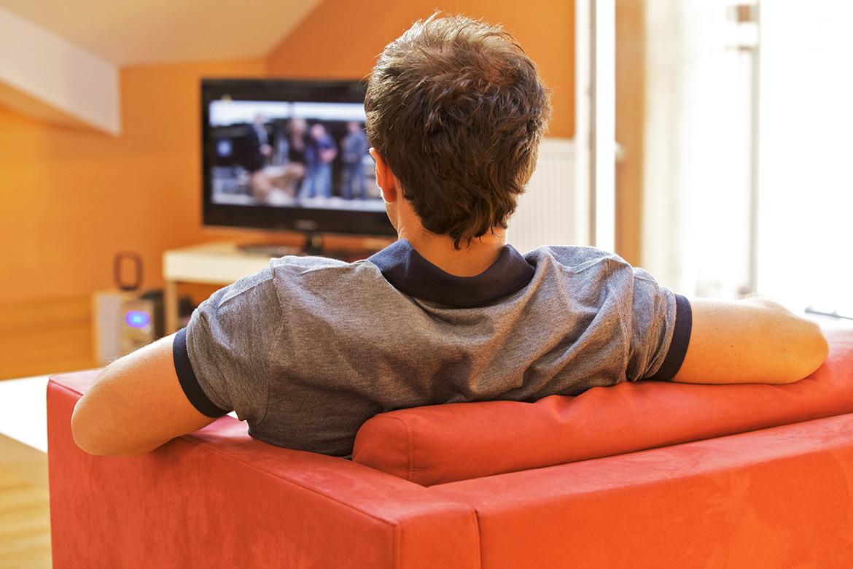 How Media Content Influences Teenage Behavior