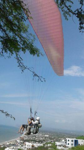 Paragliding over Crucita!