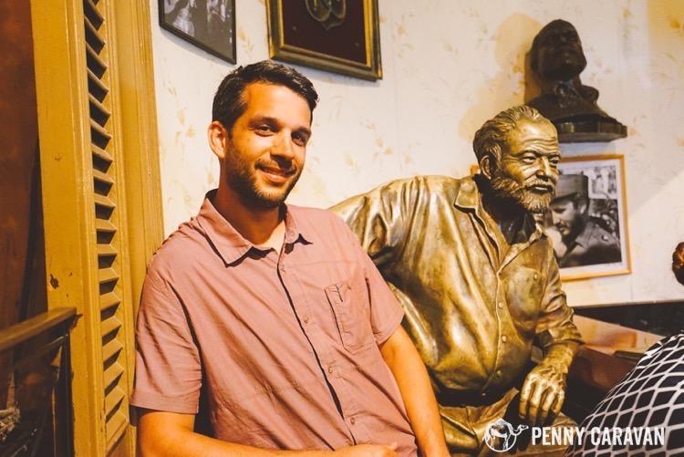 Hemingway's statue at Floridita