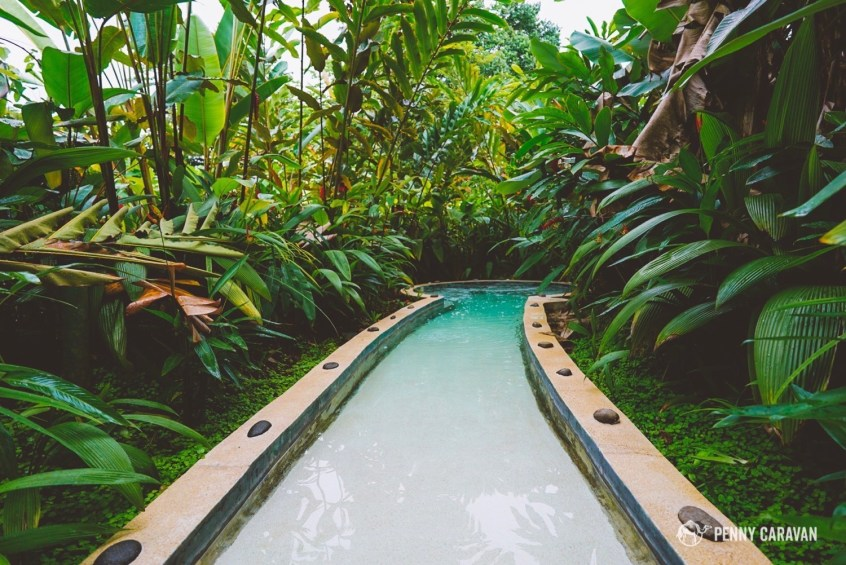 One of the jungle hot tubs at Casa Luna Resort