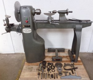 UNION GRADUATE WOOD TURNING LATHE