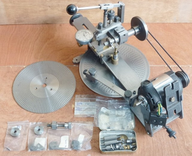 PROFESSIONALY CONSTRUCTED WHEEL CUTTING ENGINE