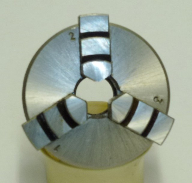 SMALL 3 JAW CHUCK