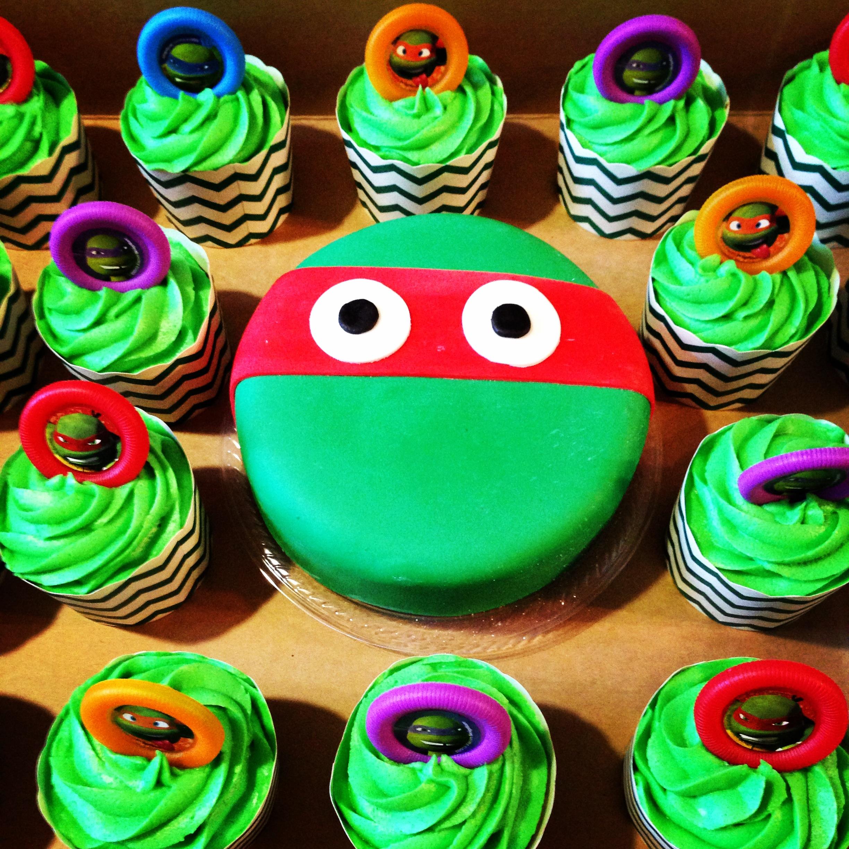 Teenage Mutant Ninja Turtles Fondant Birthday Mini Cake