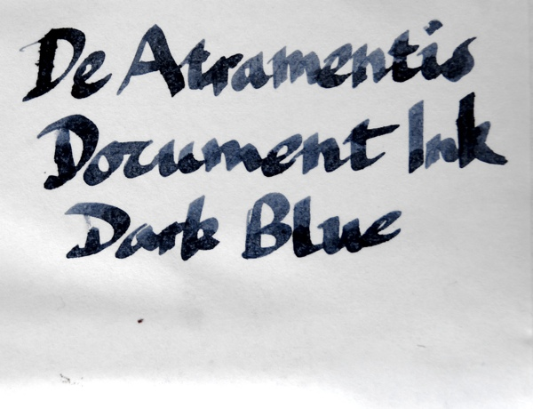 De Atramentis Document Ink Dark Blue ink wet