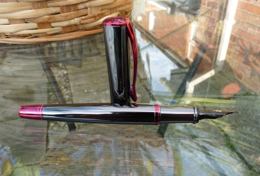 Monteverde Impressa fountain pen profile