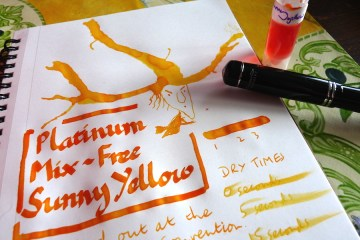 Platinum Mix-Free Sunny Yellow ink review