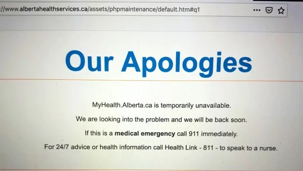Alberta's vaccination booking system overwhelmed on 1st day that all seniors born in 1946 and older eligible