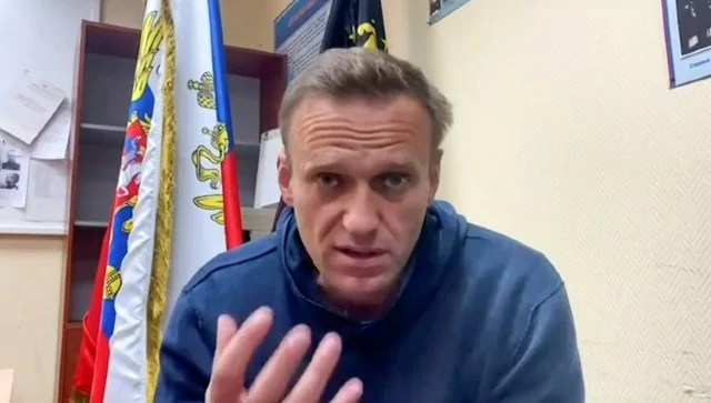 Alexei Navalny to be moved to prison hospital; Kremlin critic been on hunger strike since 31 March