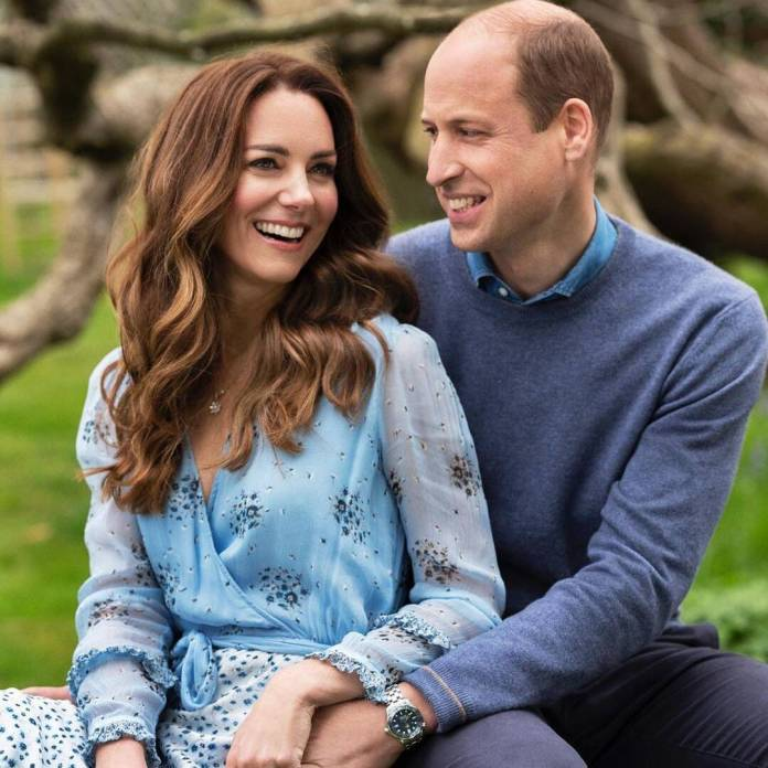 Why Kate Middleton & Prince William's Anniversary Photo Looks Familiar