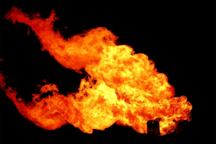 Gas well explosion injures workers in Louisiana