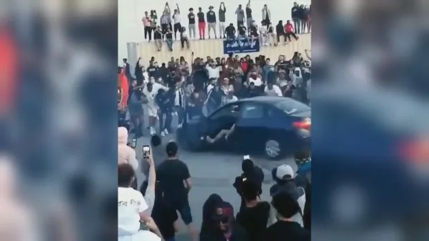 Pickering, Ont., mayor blasts car rally that draws more than 300 to parking lot in city east of Toronto