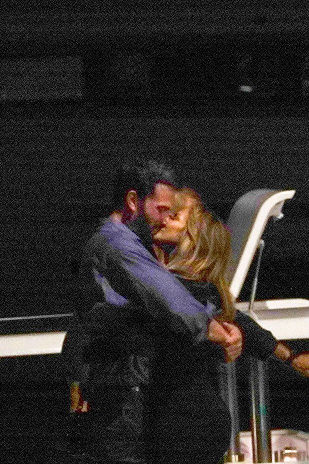 Jennifer Lopez And Ben Affleck Pack On PDA Over Her Birthday Weekend – Hollywood Life