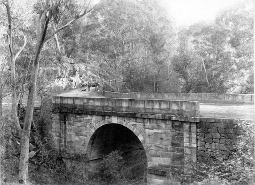 Lennox Bridge 1890s