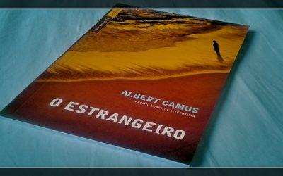 """O ABSURDO NA OBRA """"O ESTRANGEIRO"""" DE ALBERT CAMUS"""