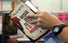 """A Missão dos Setenta e o """"lobo invisível"""", lançamento do escritor Paiva Netto"""