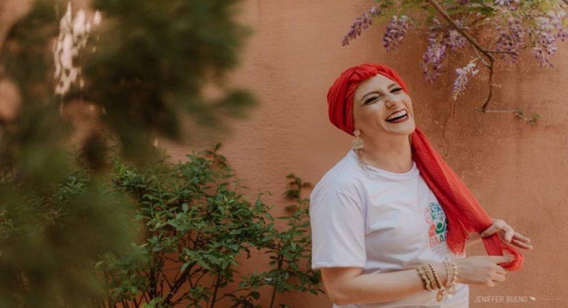 fotos de pacientes com câncer de mama celebra Outubro Rosa