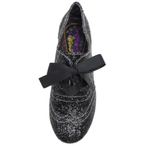 Derbies Gravitational Pull par Irregular Choice