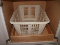Empty_laundry_basket_2