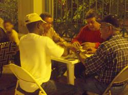 Men_playin_dominoes