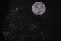 Moon_and_stars_2
