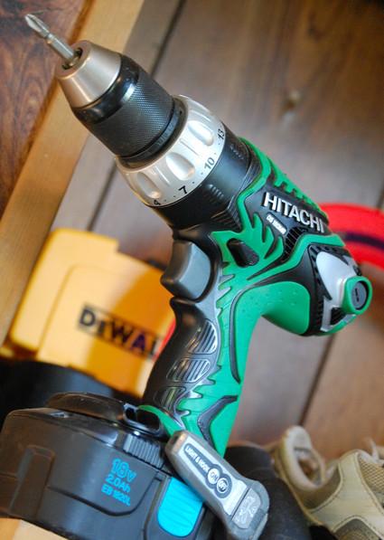 Hitachi_cordless_drill