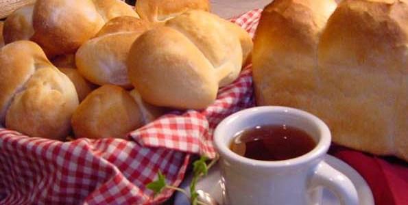 家族のためのパンと同じ、安全・安心の手作りパンをお客様にもお出ししてます。