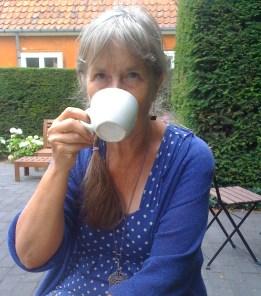 Pensionärer gillar kaffe, har jag hört, så det har jag i alla fall tränat på under lång tid. Här intas en kopp kaffe i Köpenhamn.
