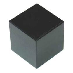 Куб из черного агата