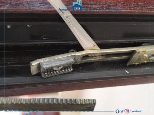 Kırılmış pvc pencere aksesuarı