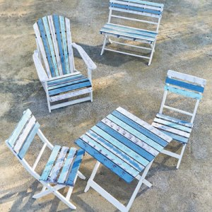 Outdoor patio furniture at Penticton Home Hardware.