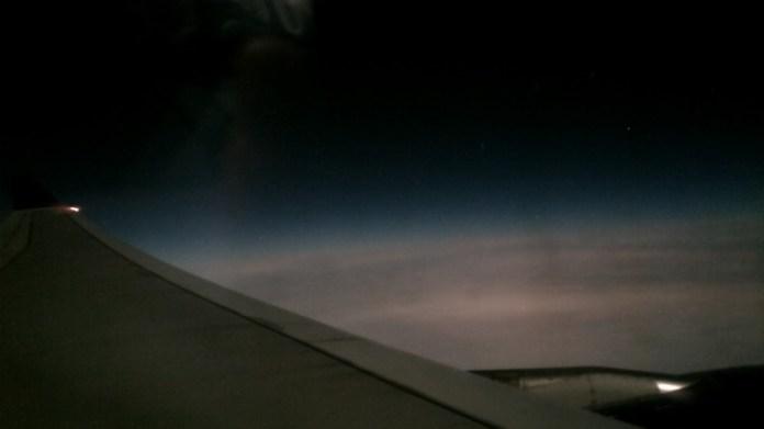 Просто банальный снимок из окна самолета