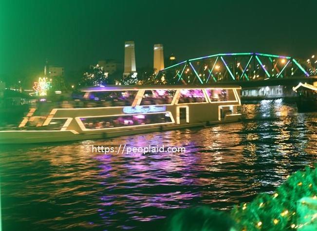 Chao Phraya River Cruise in Bangkok