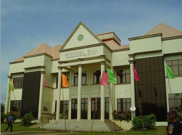 Mahayag Municipal Hall