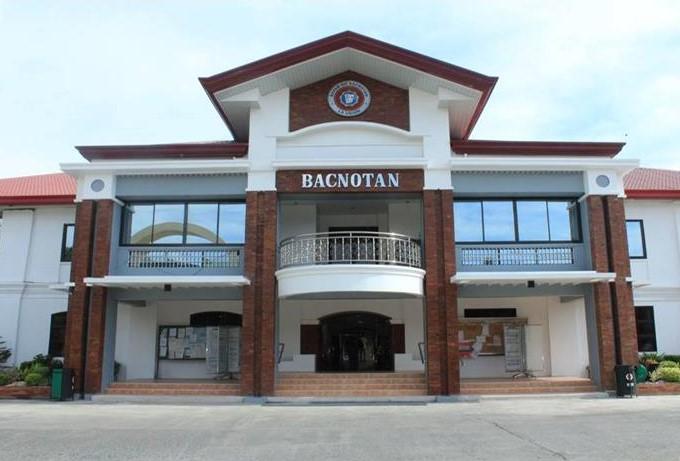 Bacnotan Municipal Hall