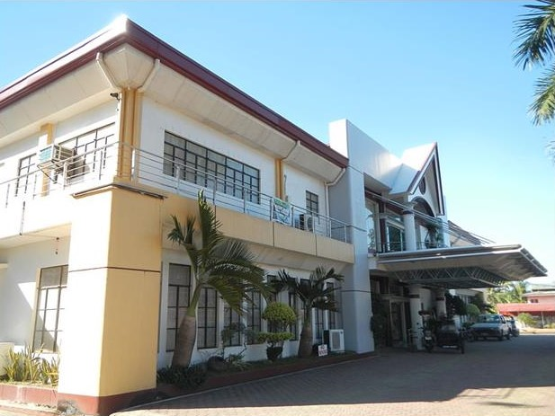 Municipal Hall Bugallon Pangasinan