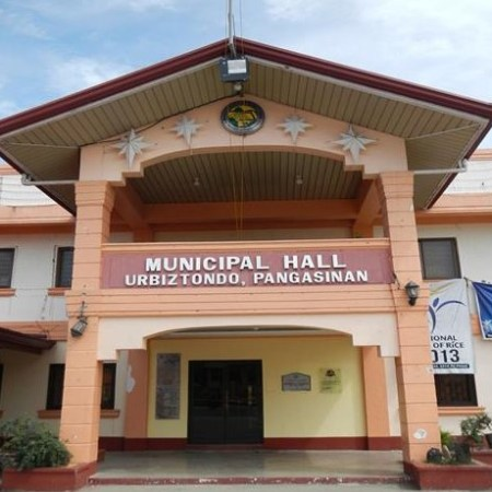 Municipal Hall in Urbiztondo in Pangasinan