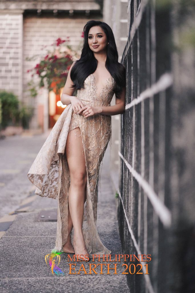 Roni Meneses Gown