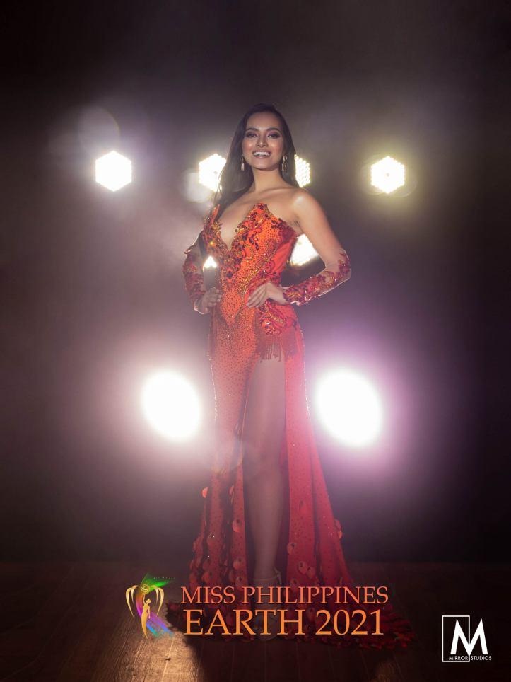 Sofia Lopez Galve Gown