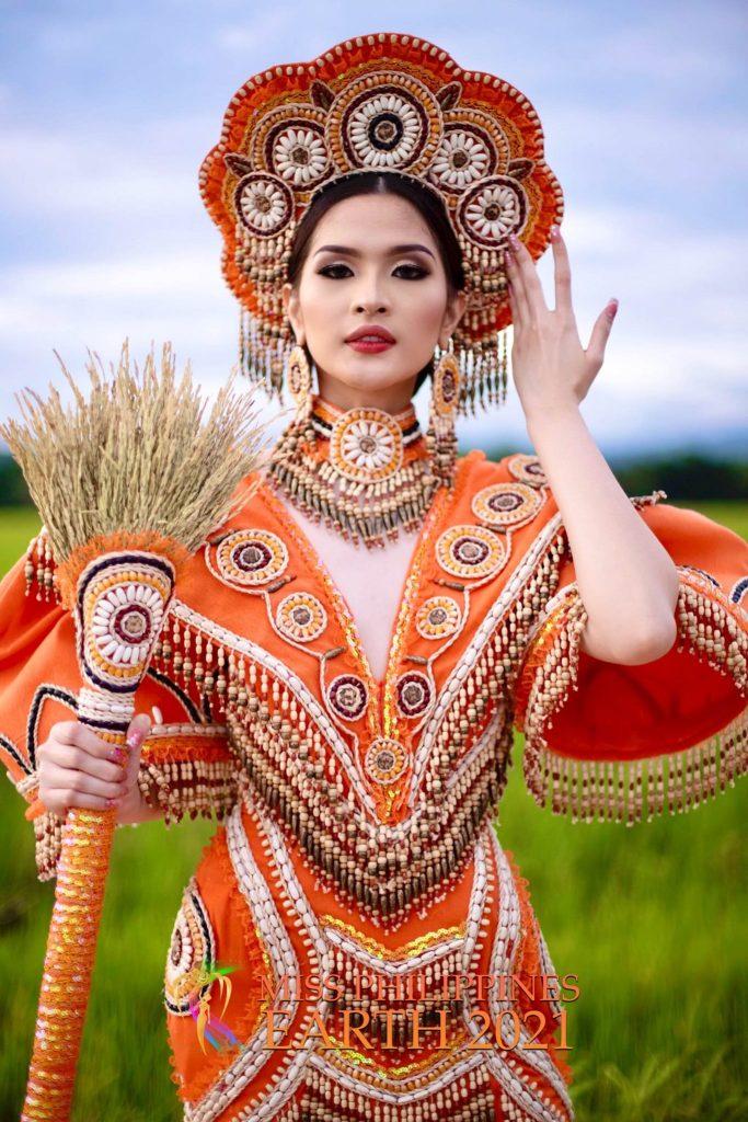 Yllana Marie Aduana Costume