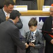Ο Ξανθιώτης κοσμηματοποιός Τάσος Θεοδωρακέας δημιούργησε το γλυπτό που απονεμήθηκε στον Vitalii Nechaiev, Απόλυτο Νικητή 2013 στο Βατικανό