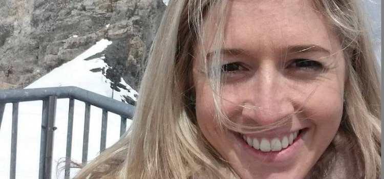 """Λίγες ώρες πριν πεθάνει η Holly """"ανάρτησε"""" αυτό το γράμμα στο Facebook και έχει συγκλονίσει ολόκληρο τον πλανήτη."""