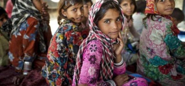 Ινδία: 239.000 κορίτσια πεθαίνουν κάθε χρόνο λόγω έλλειψης φροντίδας…