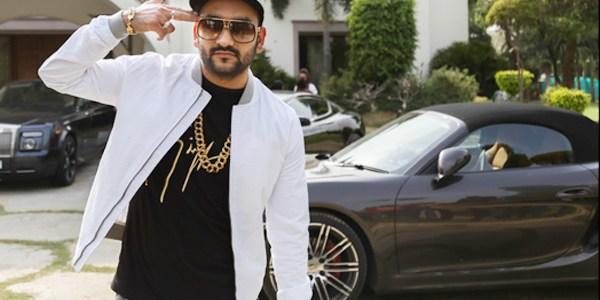 Fazilpuria, ο Ινδός rapper που επισκέφτηκε τη χώρα μας για τις ανάγκες ενός video clip.