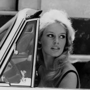 Η σεξοβόμβα της δεκαετίας του '60 Brigitte Bardot και η επική ζωή της