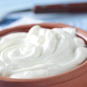 Το ελληνικό γιαούρτι έχει τα χαμηλότερα ποσοστά ζάχαρης σύμφωνα με Βρετανική έρευνα
