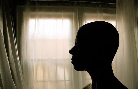 Νέο σύστημα τεχνητής νοημοσύνης που προβλέπει τα ψυχολογικά προβλήματα καρκινοπαθών