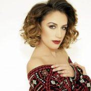 Elhaida Dani: Η Αλβανίδα τραγουδίστρια με τη μελωδική φωνή που σαρώνει σε κάθε Διοργάνωση